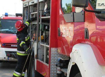 Strażacy walczyli z pożarem w Lisowie