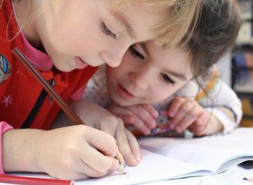 423 uczniów z klas I-III wraca dziś (25.05.) do częstochowskich szkół