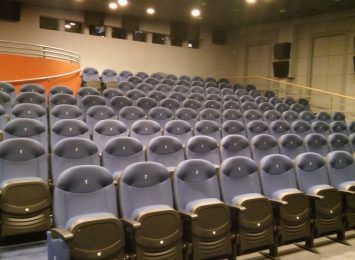 W sobotę OKF zamyka salę dla widzów po raz trzeci
