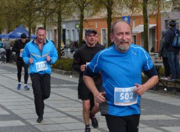 Jesień to nadal czas intensywnej aktywności propagatorów biegania