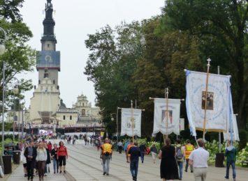 Rozpoczyna się na dobre pełnia sezonu pielgrzymkowego w Częstochowie