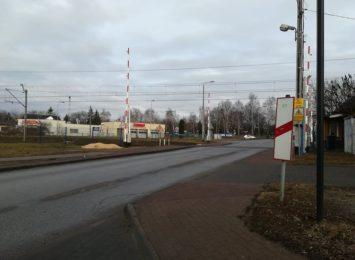 Zamknięty przejazd kolejowy na Wyczerpach!