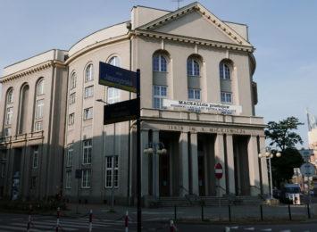 Teatr im. Adama Mickiewicza zaprasza na internetową transmisję spektaklu