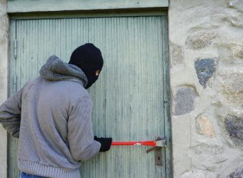 Chroń dobytek przed włamywaczami i złodziejami. O czym należy pamiętać?