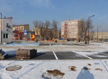 Rekreacyjny plac przy ulicy Perepeczki niemal gotowy