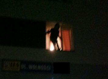 Wyskoczył z okna, bo bał się konsekwencji prawnych