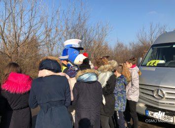 Policjanci kontrolują przewozy dzieci na ferie [WIDEO]