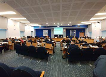 W południe rozpoczyna się sesja Rady Miasta, m.in. sprawy finansowe