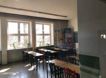 Nauka zdalna dla klas 1-3 w szkołach podstawowych już od poniedziałku (9.11)