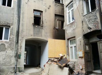 Jedna osoba została ranna w wyniku wybuchu gazu w kamienicy przy ulicy Garncarskiej