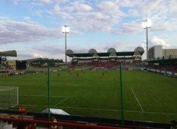 Niestety kolejną porażkę w PKO Ekstraklasie zanotowali piłkarze Rakowa
