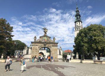 Jak będzie wyglądać ruch pątniczy w Częstochowie w tym roku? Znamy wytyczne Rady Konferencji Episkopatu Polski ds. Migracji, Turystyki i Pielgrzymek