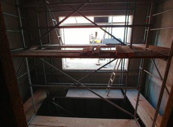 W Teatrze Adama Mickiewicza trwają prace związane z budową nowej windy towarowej