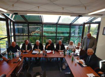 Umowa na dzierżawę huty podpisana