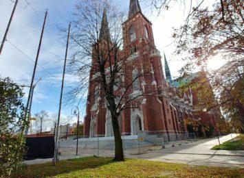 Widać znaczne postępy na placu budowy przy częstochowskiej Archikatedrze