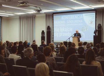 Do Częstochowy zjechały najlepsze polskie zespoły hospicyjne i specjaliści w zakresie opieki paliatywnej. To wszystko w ramach 24 Konferencji Naukowo – Szkoleniowej