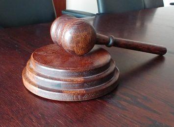 Staną przed sądem za liczne napady