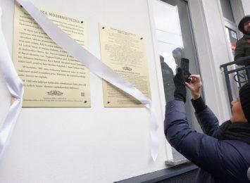 W Częstochowie odsłonięto tablicę upamiętniającą żydowskich mieszkańców budynku przy al. Kościuszki 14