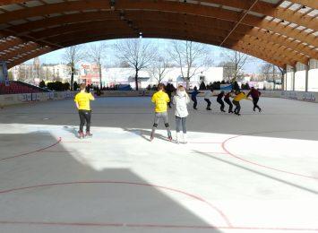 Miasto i uczniowie przygotowują się do nietypowych ferii zimowych