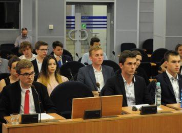 Młodzieżowa Rada Miasta też działa i pomaga