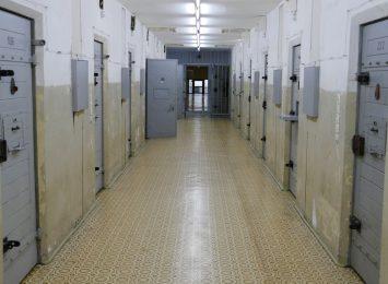 Osoby odwiedzające aresztantów, nie dostaną się do placówek zamkniętych