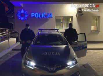 Częstochowscy policjanci eskortowali rodzącą kobietę
