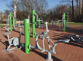 Plenerowe siłownie i place rekreacji znowu dostępne