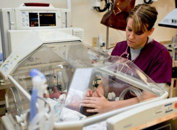 Dziś (08.05.) święto położnych, za kilka dni dzień pielęgniarek. Dla wszystkich Was: Najlepszego i ogromne dzięki!