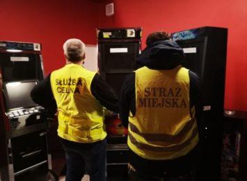 Udało się zabezpieczyć kolejne na terenie miasta nielegalne automaty do gier hazardowych