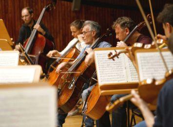 Muzycy grają, choć publiczność mają tylko wirtualnie