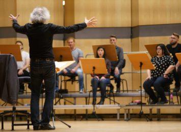 Filharmonia i specjalny niedzielny koncert wiosenny online