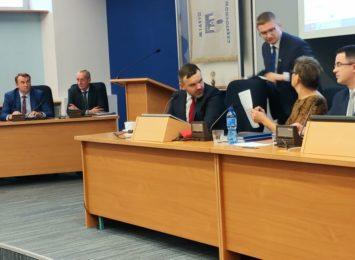 Rada Miasta spotyka się w poniedziałek (08.06.). Ważne tematy trafiły do porządku obrad