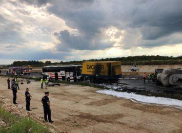 Poważny wypadek na DK1 w miejscowości Bogusławice koło Częstochowy