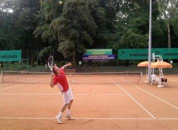 MOSiR zachęca do udział w turnieju tenisa ziemnego