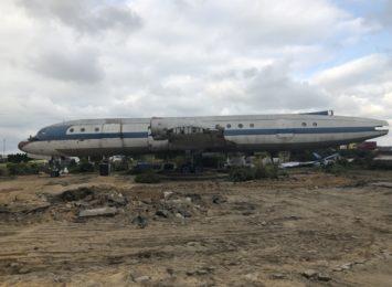 To koniec kultowej restauracji na pokładzie samolotu Ił-18 w Kościelcu