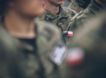 Wojskowe Centrum Rekrutacji kusi kandydatów do służby