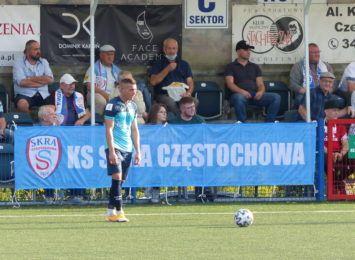 Porażka piłkarzy Skry w Kielcach na inaugurację 1 ligi. Korona okazała się zbyt silnym rywalem