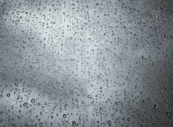 Pomarańczowe ostrzeżenie o deszczu obowiązuje do jutra