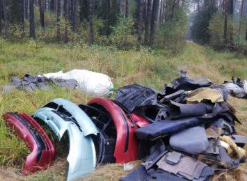 Wysypisko samochodowych odpadów pod Krupskim Młynem