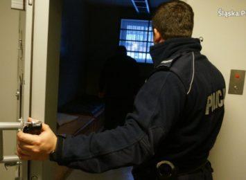 5 lat więzienia grozi 42 letniemu mieszkańcowi gminy Poraj, który ukradł elementy ogrodzenia