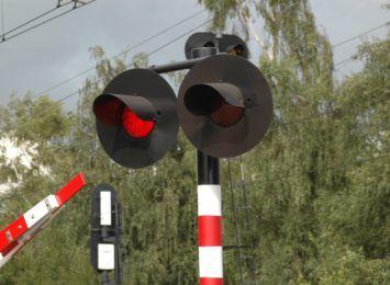 Remonty przejazdów kolejowych trwają, oprócz Bugajskiej do czwartku jeszcze w Korwinowie i Słowiku