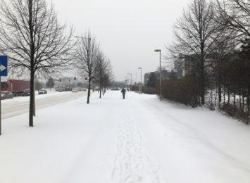 Nadal obowiązują ostrzeżenia pierwszego stopnia przed intensywnymi opadami śniegu