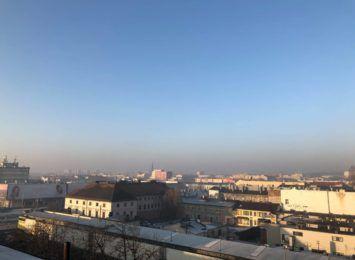 Powietrze złej jakości nadal będzie nam towarzyszyć rano, wieczorami i w nocy. Prognozy bez zmian