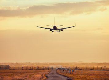 Lotniska puste, ale turystyka ma się lepiej
