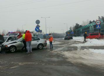 Stłuczka trzech samochodów na Marszałkowskiej