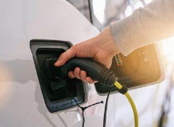 Już 60 stacji ładowania pojazdów elektrycznych w naszym województwie