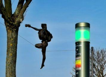 LEDowe instalacje w Olsztynie w celu poprawy jakości powietrza, dodatkowe czujniki na smog