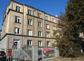 Radni w obronie pracowników Częstochowskiego Centrum Świadczeń, przegłosowali stanowisko