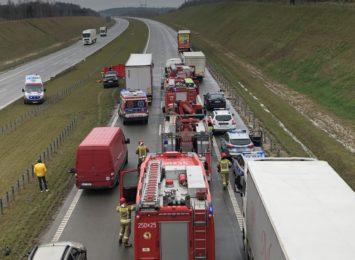 Śmiertelny wypadek na A1 w Woli Hankowskiej. Autostrada już przejezdna! [FOTO]
