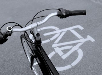 Ścieżka rowerowa wzdłuż Armii Krajowej od nowa, ma być gotowa na wakacje